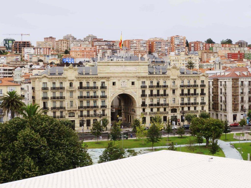 Banco de Santander visto dal Centro Botin