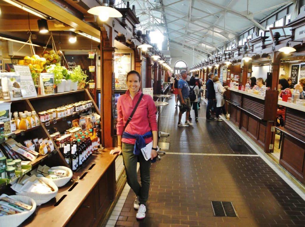 Il mercato vecchio coperto di Helsinki