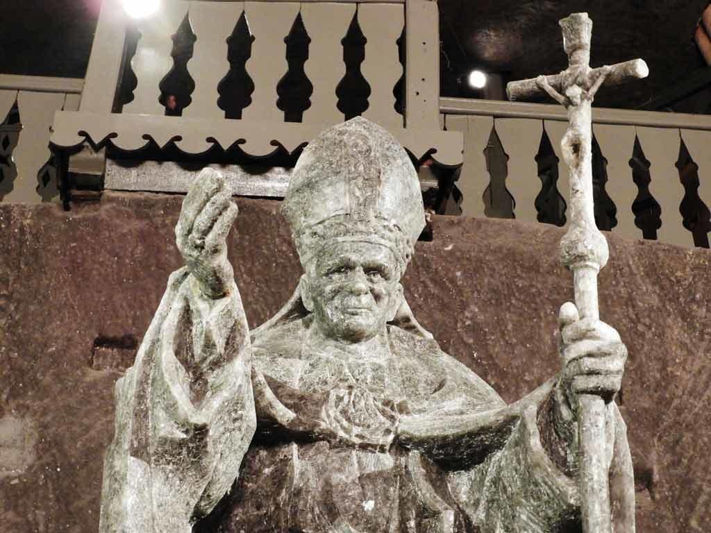 Miniera di sale di Wieliczka, statua del Papa Giovanni Paolo II