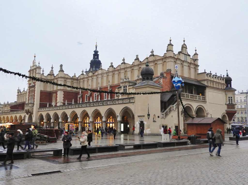 Cracovia, il Mercato dei Tessuti in piazza Rynek Głowny