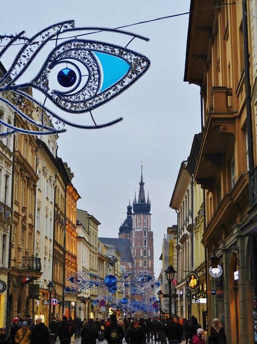 Cracovia, via Florianska addobbata per Natale a Stare Miasto