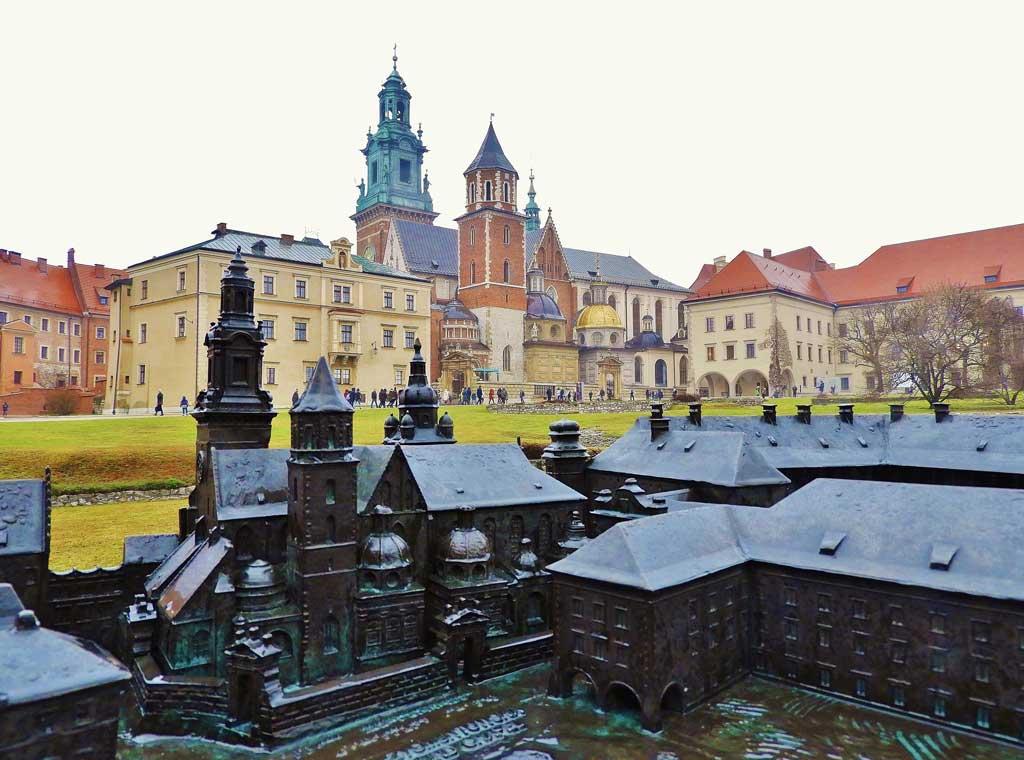 Wawel di Cracovia, plastico bronzo